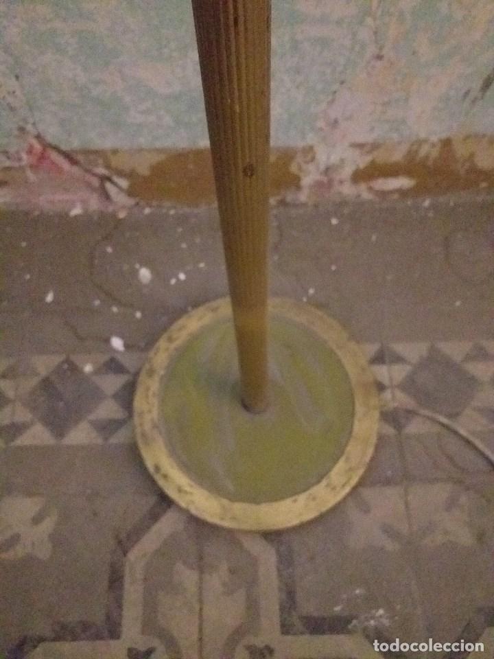 Vintage: Lámpara de pie vintage de latón - Foto 3 - 171094670