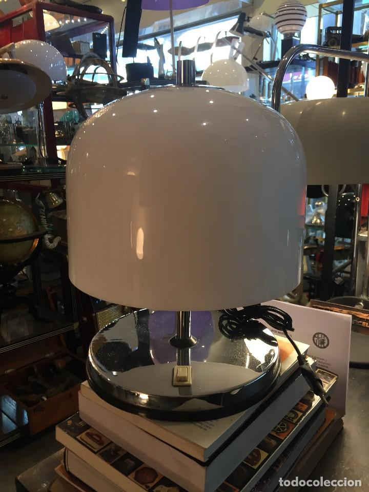 VINTAGE LAMPARA DE MESA TIPO SETA MARCA CODIALPO DE LOS AÑOS 70 (Vintage - Lámparas, Apliques, Candelabros y Faroles)