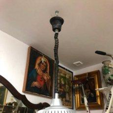 Vintage: PRECIOSA LAMPARA OVNI EN METAL CON TULIPA DE CRISTAL LABRADO AÑOS 70 - MEDIDA 65X45 CM. Lote 171341380