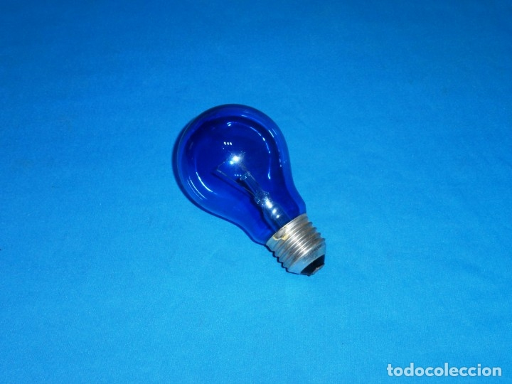 ANTIGUA BOMBILLA PHILIPS DE 220 V - 100 W,CRISTAL AZUL. (Vintage - Lámparas, Apliques, Candelabros y Faroles)