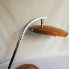 Vintage: BONITA LAMPARA DE SOBREMESA MARCA FASE 520 VINTAGE ORIGINAL AÑOS 70. Lote 176966175