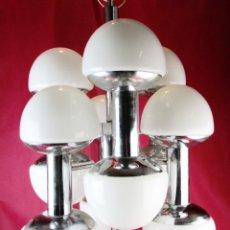 Vintage: SUPER LAMPARA VINTAGE DISEÑO ITALIANO AÑOS 60 SPUTNIK SPACE AGE 12 TULIPAS SETA. Lote 178153548