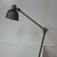 Vintage: LÁMPARA DE ARQUITECTO, INDUSTRIAL - SOBREMESA - FLEXO, EXTENSIBLE Y REGULABLE - AÑOS 50-60. Lote 179687827