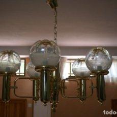 Vintage: LAMPARA DORADA DE TECHO DE 5 BRAZOS CON TULIPAS DECORADAS. Lote 180447257