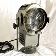 Vintage: FOCO A. E. CREMER TEATRO CINE ESCENARIO DECORACION VINTAGE RETRO LAMPARA ILUMINACION FRANCIA. Lote 182078718