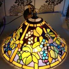 Vintage: BELLISIMA LAMPARA DE TECHO ESTILO TIFFANY. . Lote 182206267
