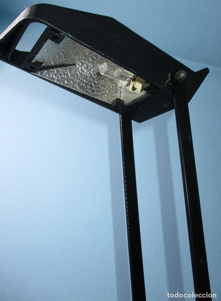 Vintage: Lámpara de sobremesa negra FASE mod. CISNE, made in Spain años 80 retro vintage flexo arquitecto - Foto 3 - 182685891