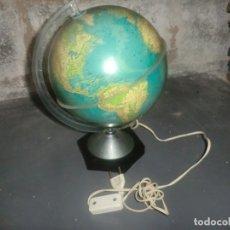 Vintage: GLOBO TERRAQUEO Y LAMPARA AÑOS 70. Lote 182727857