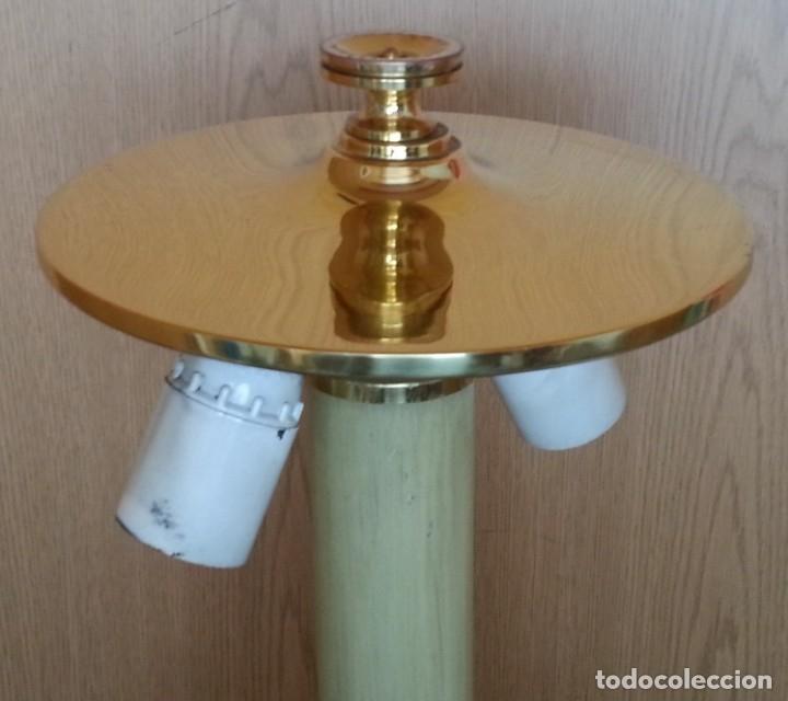 Vintage: Lámpara de mesa. Latón y metal. Funcionando. - Foto 2 - 183269750