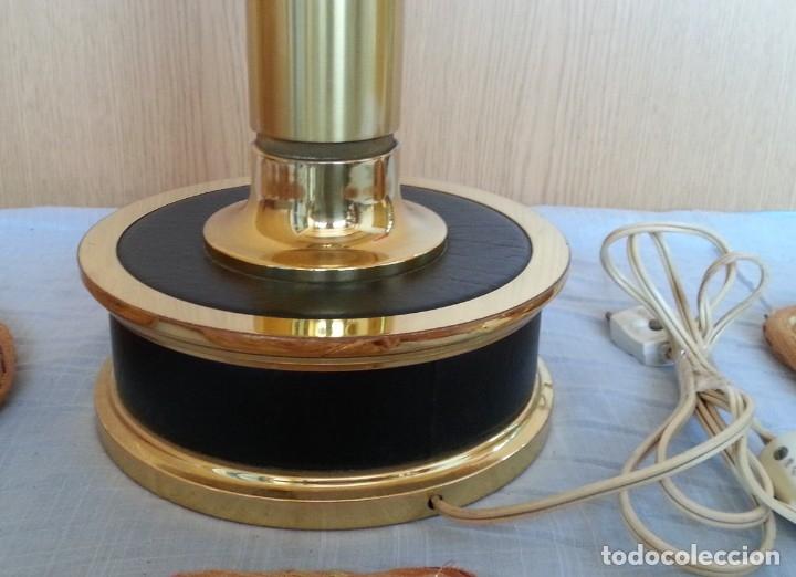 Vintage: Lámpara de mesa. Latón y metal. Funcionando. - Foto 5 - 183269750