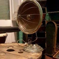 Vintage: LÀMPARA INDUSTRIAL SOBREMESA. CALENTADOR. Lote 189710048
