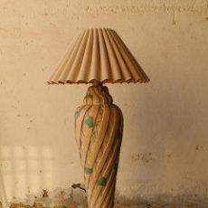 Vintage: LAMPARA DE PIE EN CERAMICA. Lote 191761383