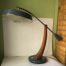 Vintage: MARAVILLOSA LAMPARA VINTAGE FASE , EN MADERA - METAL Y DIFUSOR , ORIGINAL AÑOS 60. Lote 192092500