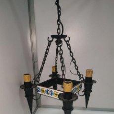 Vintage: LAMPARA VINTAGE ANTIGUA CLASICA DE CASTILLO CHALET RUSTICA PARA TERRAZAS LAMPARA DE TECHO. Lote 192604143