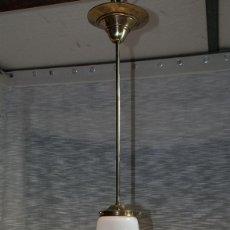 Vintage: LAMPARA VINTAGE, UNA LUZ, PRECIOSO GLOBO. Lote 193985825