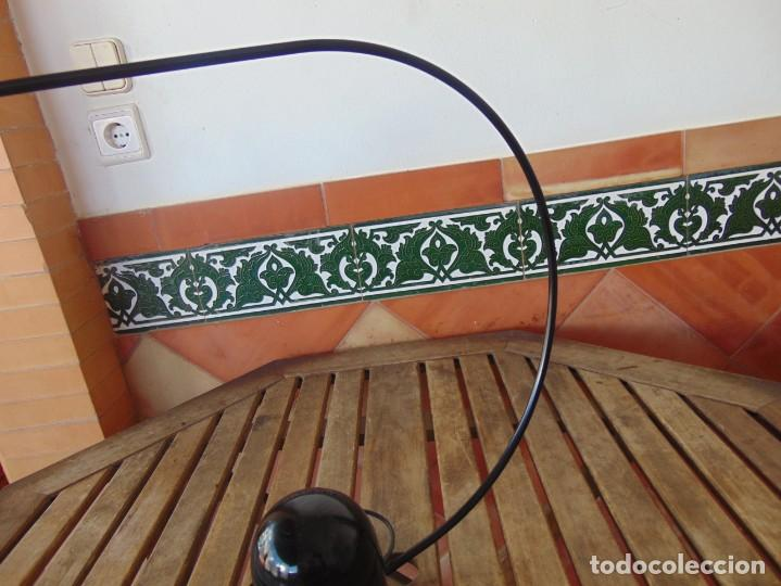 Vintage: LAMPARA DE SOBREMESA HALOGENA EN NEGRO TIPO CISNE NO SE LE VE MARCA FASE O SIMILAR - Foto 8 - 194342398