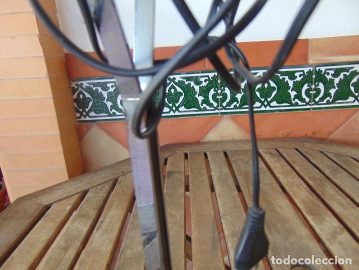 Vintage: LAMPARA DE SOBREMESA HALOGENA EN NEGRO TIPO CISNE O SIMILAR DE LA MARCA FASE - Foto 13 - 194342762