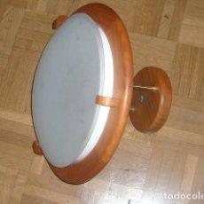 Vintage: LAMPARA DE TECHO DE MADERA Y CRISTAL (DIAMETRO 36 CM). Lote 194402855