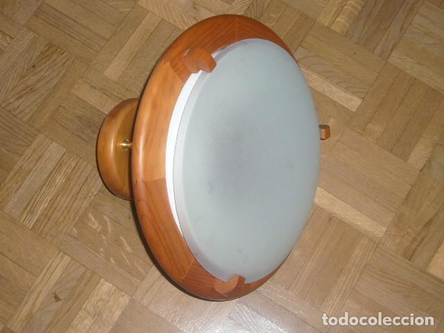 Vintage: LAMPARA DE TECHO DE MADERA Y VIDRIO (DIAMETRO 36 CM) - Foto 6 - 194402855