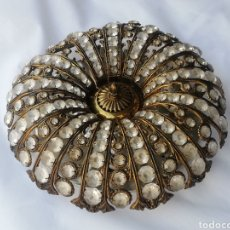 Vintage: PRECIOSA LAMPARA PLAFON VINTAGE EN METAL DORADO Y CRISTAL DE 4 LUCES. Lote 195172296