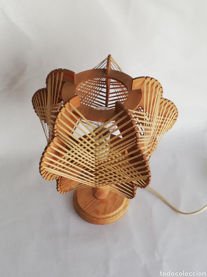 Vintage: Lampara de mesa Nordica en madera y rafia vintage años 70 - Foto 3 - 195184962