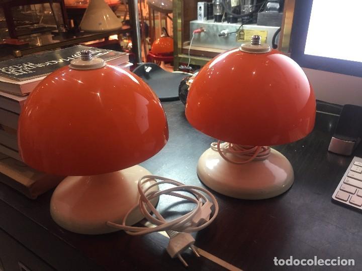 PAREJA (2) DE LAMPARAS DE MESA TIPO SETA T-PONS , AÑOS 70 (Vintage - Lámparas, Apliques, Candelabros y Faroles)