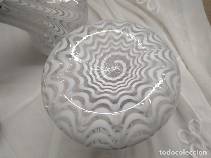 Vintage: Lámpara de techo con 3 tulipas cristal transparente y blanco - Foto 5 - 195321800