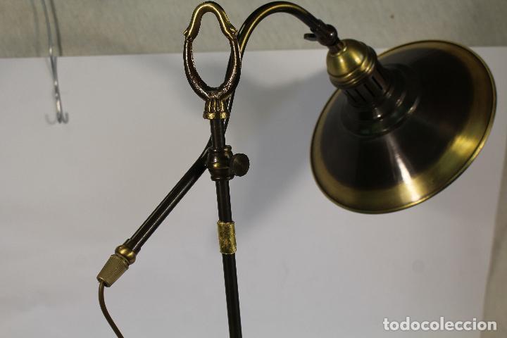 Vintage: flexo lampara de sobremesa en metal dorado - Foto 4 - 195347415