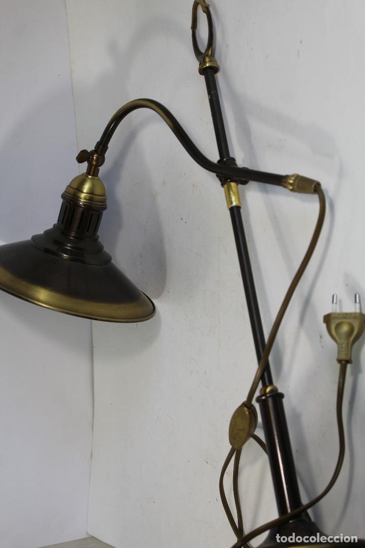 Vintage: flexo lampara de sobremesa en metal dorado - Foto 9 - 195347415