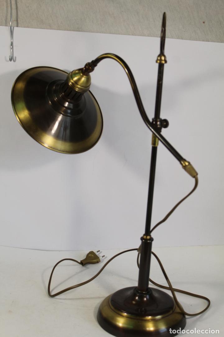 Vintage: flexo lampara de sobremesa en metal dorado - Foto 11 - 195347415