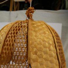 Vintage: LAMPARA DE TECHO DE BAMBÚ. Lote 195355053