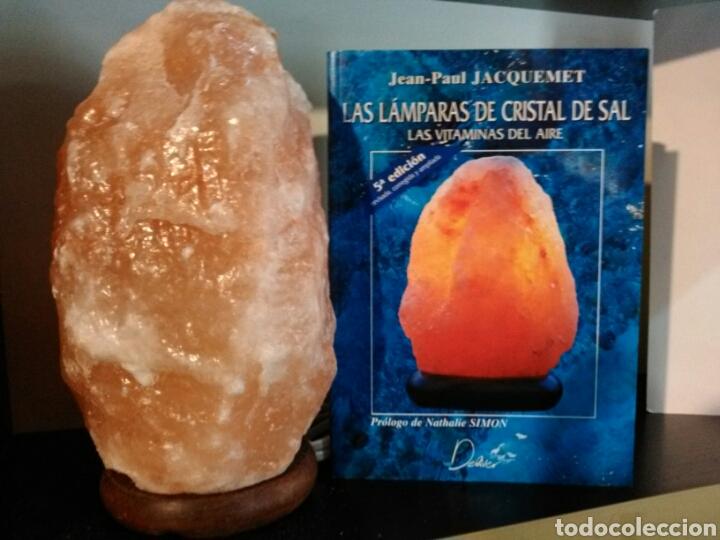 LÁMPARA DE SAL+LIBRO LAS LÁMPARAS DE CRISTAL DE SAL. (Vintage - Lámparas, Apliques, Candelabros y Faroles)