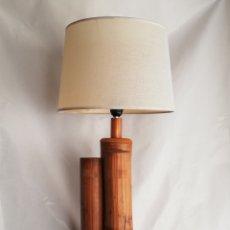 Vintage: BONITA LAMPARA DE MESA TRONCO MADERA ESTILO NORDICO. Lote 195387778