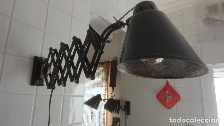 Vintage: ANTIGUA LAMPARA FLEXO EXTENSIBLE.METAL Y BAQUELITA.RETRO VINTAGE INDUSTRIAL AÑOS 30.40 - Foto 5 - 195493120