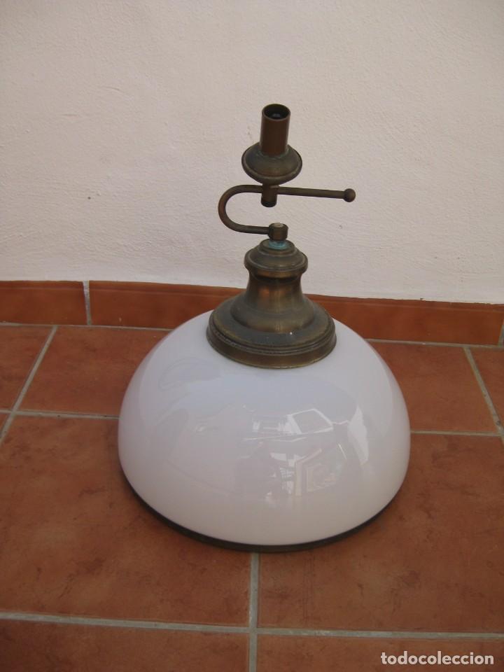 LAMPARA TIPO DESPACHO. FALTA EL CABLE ELECTRICO. (Vintage - Lámparas, Apliques, Candelabros y Faroles)