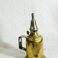 Vintage: LAMPARA DE MESA O APLIQUE DE LATON - PEQUEÑO CANDIL DE ACEITE PIGEON - QUINQUE ANTIGUO FRANCES. Lote 205260361