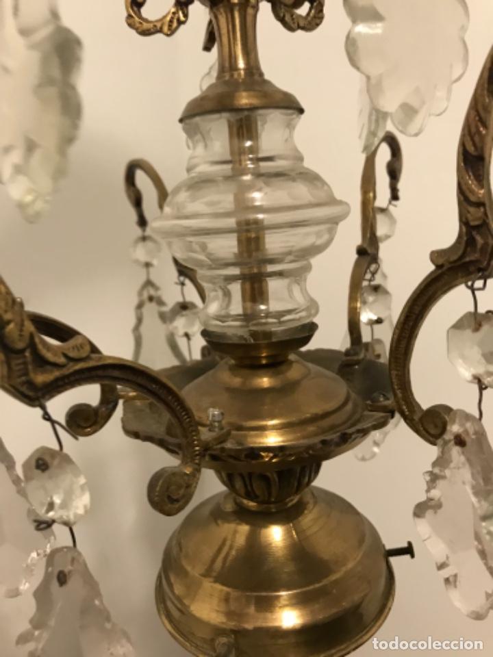 Vintage: Lámpara de 10 brazos con lágrimas y excepcional tulipa de vidrio. ART DECO. Bronce y cristal. - Foto 6 - 209802763