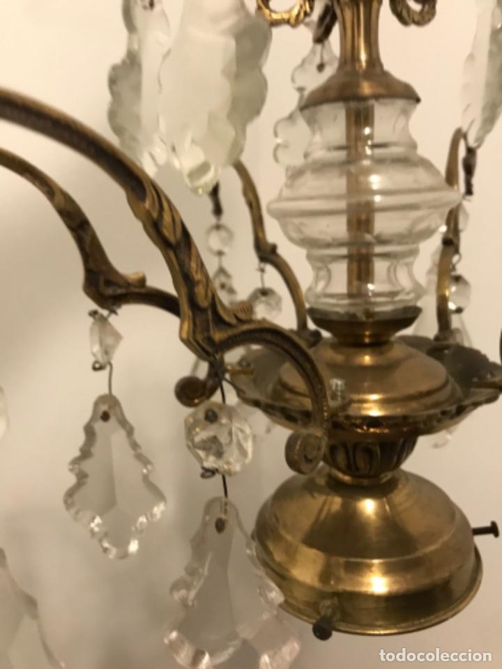 Vintage: Lámpara de 10 brazos con lágrimas y excepcional tulipa de vidrio. ART DECO. Bronce y cristal. - Foto 10 - 209802763