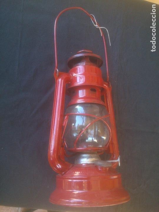 Vintage: Lámpara-farol vintage de parafina, marca Meva modelo 864, color ROJO. - Foto 6 - 209885680