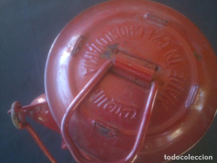 Vintage: Lámpara-farol vintage de parafina, marca Meva modelo 864, color ROJO. - Foto 9 - 209885680