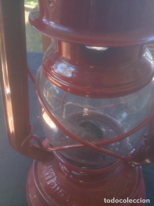 Vintage: Lámpara-farol vintage de parafina, marca Meva modelo 864, color ROJO. - Foto 10 - 209885680