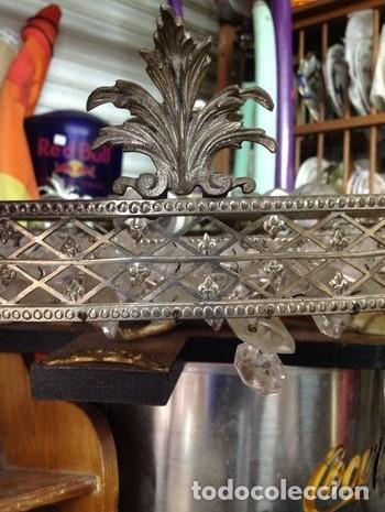 Vintage: GRAN LAMPARA TECHO ART DECO.balconcillo de metal labrado con hojas talladas Y lagrimas de cristal. - Foto 3 - 212917842