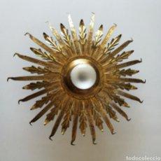 Vintage: RARA LAMPARA TECHO SOL DORADA PAN DE ORO AÑOS 60 MID CENTURY 55CM // HOLLYWOOD REGENCY VINTAGE RETRO. Lote 214565116