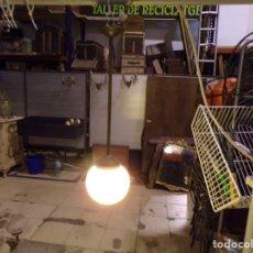 Vintage: ANTIGUA LAMPARA TULIPA OPALINA COLOR CREMA FUNCIONANDO. Lote 218478433