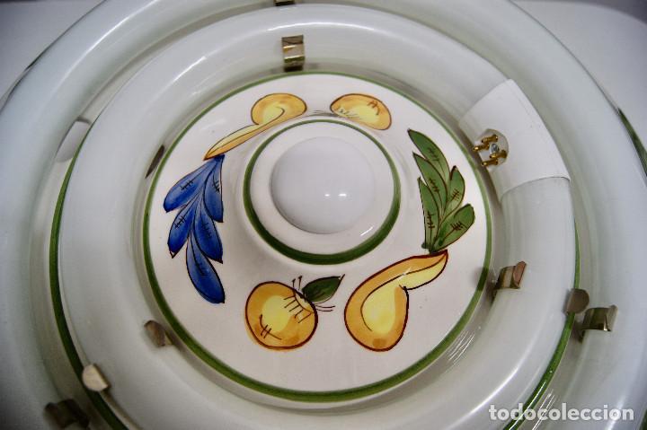 Vintage: plafón de cerámica con fluorescentes - Foto 3 - 218496341