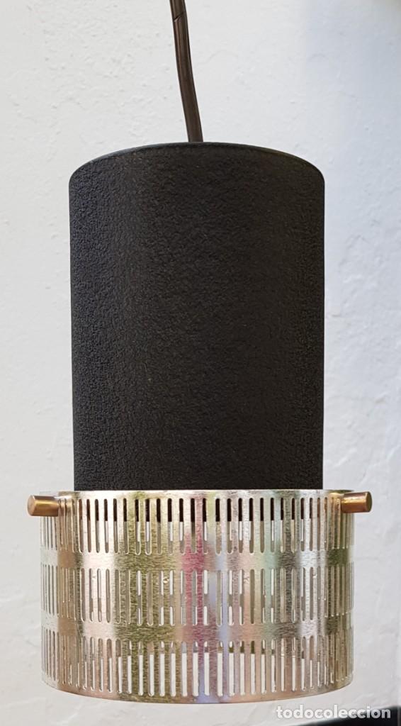 Vintage: Lampara-foco colgante era para mostrador de tienda. Años 60 - Foto 2 - 218626698