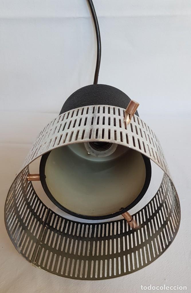 Vintage: Lampara-foco colgante era para mostrador de tienda. Años 60 - Foto 3 - 218626698