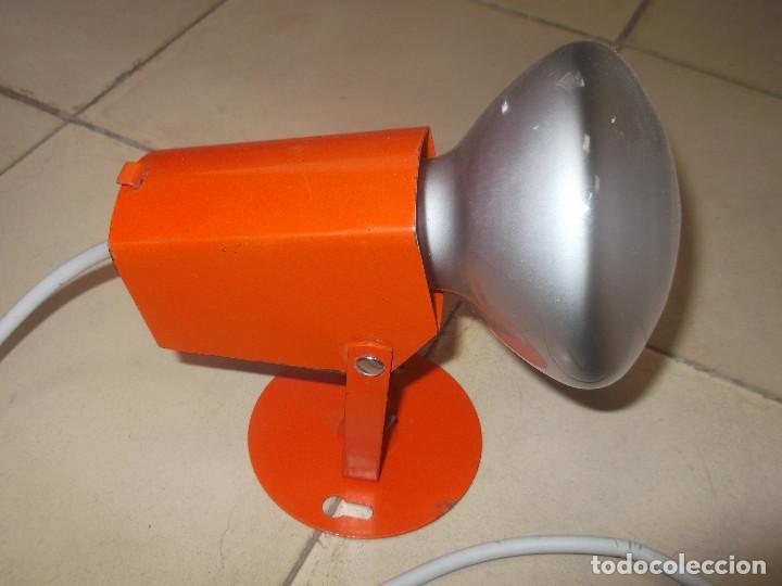 Vintage: Aplque IEP orientable color naranja con cable y enchufe originales. - Foto 2 - 218764002