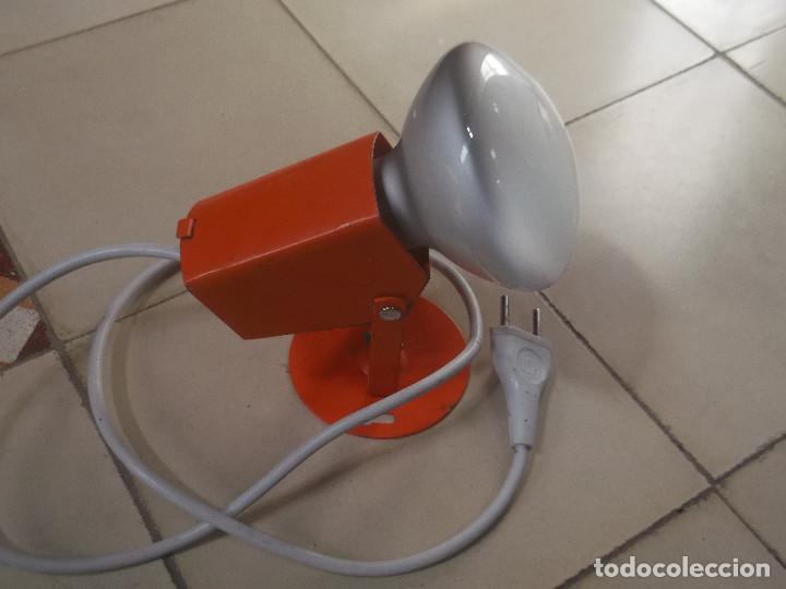Vintage: Aplque IEP orientable color naranja con cable y enchufe originales. - Foto 3 - 218764002