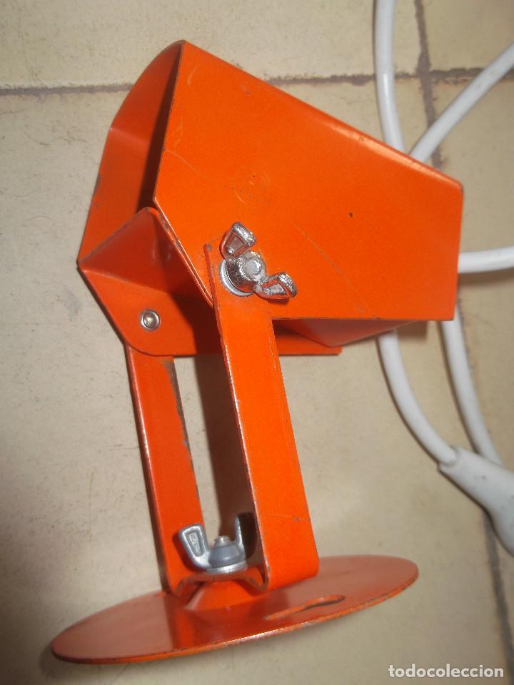 Vintage: Aplque IEP orientable color naranja con cable y enchufe originales. - Foto 15 - 218764002